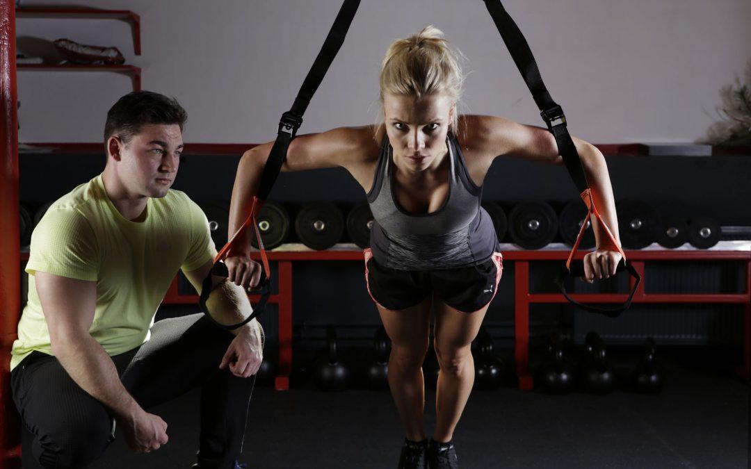 Word lid van 24-uurs gezondheids- en fitnessclubs – ideale methode om fit te blijven